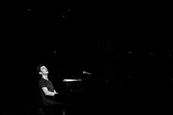 马克西姆:是流行偶像 也是古典钢琴家